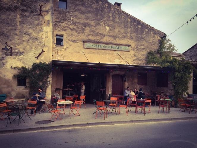 Le Café de la place